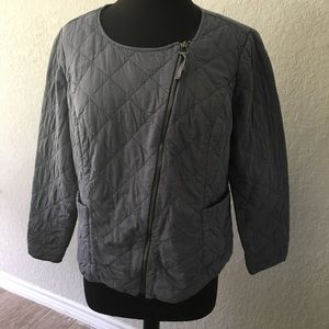 Quilted gray zipper jacket